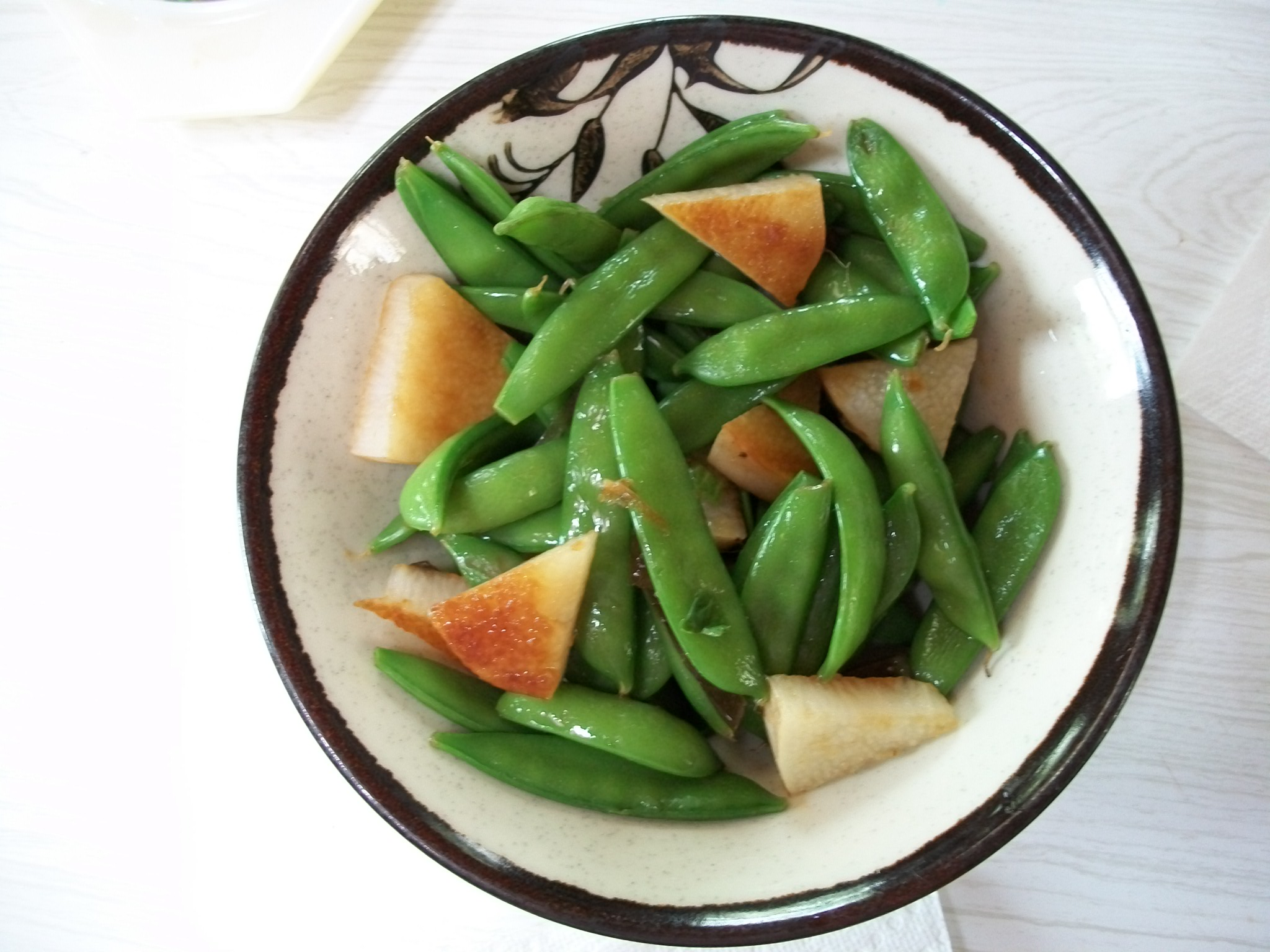 Snap Peas and Jinenjo
